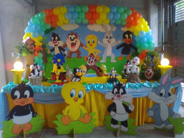 Looney Tunes decoração de festa infantil zona sul